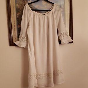 White linen dress from Lane Bryant